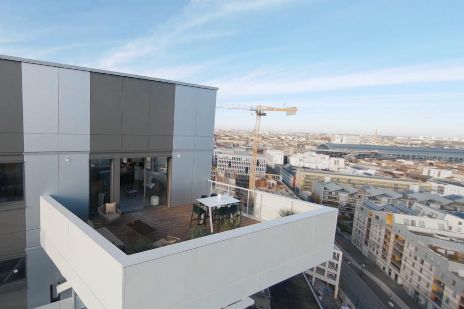 Hyperion Tower: un condominio in legno per riqualificare la periferia di Bordeaux